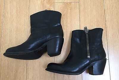 Yearly Super Sale Best-selling Frye Zip Up Boots in Sz