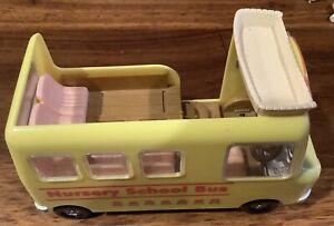Sylvanian Families- nursery bus