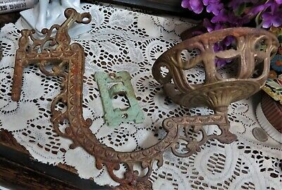 Antique Cast iron Oil Lamp Wall Holder Mount Sconce w/ Swivel Bracket