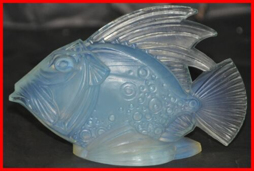Sabino Opalescent Glass Fish Model Yar Mor 5251