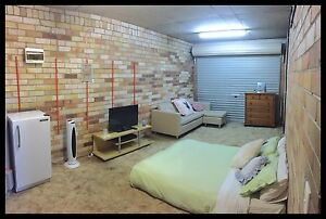 RENT LARGE ROOM:SINGLE/COUPLE ALL BILLS INCL.FREE NBN Still Avail Point Frederick Gosford Area Preview