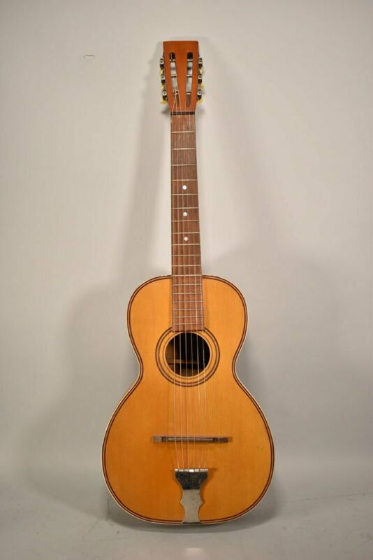 Circa 1930s Lakeside Parlor Acoustic Guitar