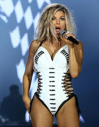 FERGIE 8X10 GLOSSY PHOTO PICTURE IMAGE #7