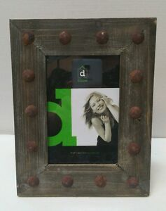 Rustic brown wooden photo picture frame 4x6