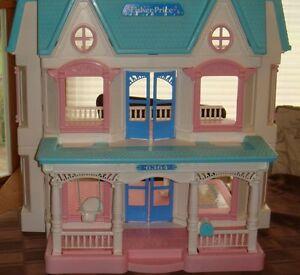Fisher Price Loving Family Dream Dollhouse 1993 Simple Minimalist