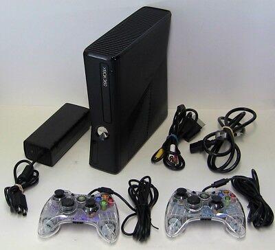 Microsoft Xbox 360 S Slim 4Gb 1439 Console   Matte Black   2 Controllers