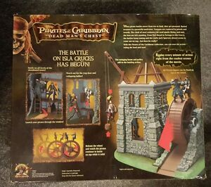 RARE boxed Disney PIRATES OF CARIBBEAN ISLA CRUCES playset FREE figures