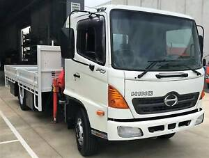 2004 Hino FD Tray with Crane Derrimut Brimbank Area Preview