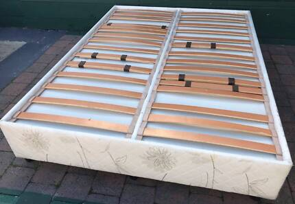 Excellent condition adjustable slatted bed base for sale. Pick up