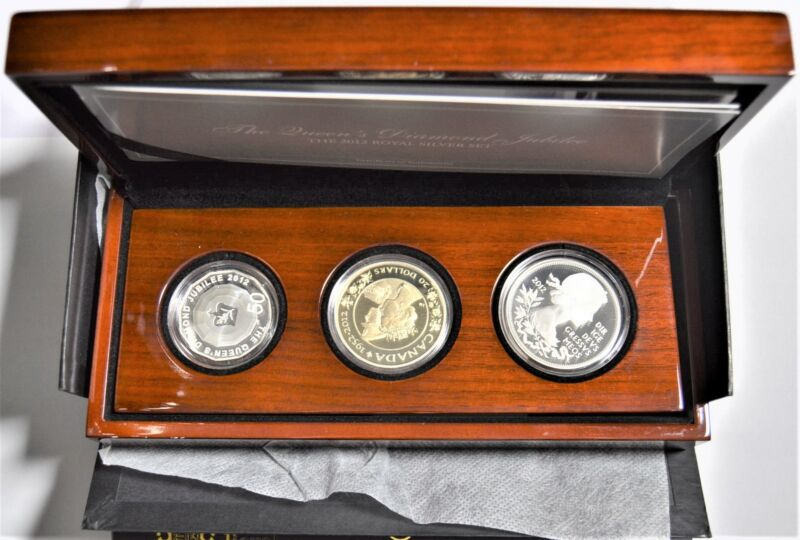 ROYAL MINT 2012 SILVER SET THE QUEEN