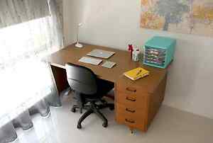 Retro office desk and chair - great for uni students. Mount Pleasant Melville Area Preview