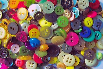 Buttons In Bulk (Sewing Button Mix in Bulk Lots of 200, 300, 400, 500  1/2