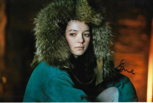 "Esme Creed ""Hanna"" Autogramm signed 20x30 cm Bild"