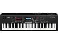 Yamaha MOX8 88-key Synthesizer Workstation + Travel Case