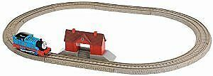 Thomas Track Starter Kit with Trains (Battery Operated)