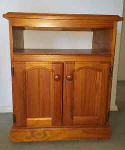 FURNITURE CABINET ON WHEELS!! Richmond Hawkesbury Area Preview