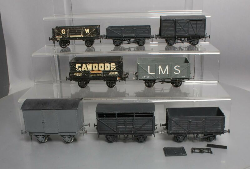 O Scale 2 Rail Assorted Freight Cars [8]