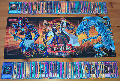 YuGiOh Lot 100 Cards Includes 5 Rare 2 Super Holo 1 Ultra / Secret No Duplicates