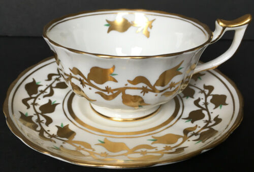 Beatutiful Royal Chelsea Heavy Gold Cup And Saucer