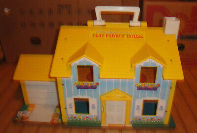 Used Vintage 1969 #952 Fisher Price Play Family House for Little People