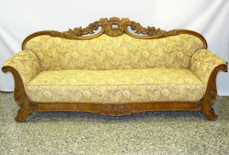 FABULOUS ANTIQUE EARLY19c  AMERICAN EMPIRE PHILADELPHIA HEAVILY CRAVED WOOD SOFA