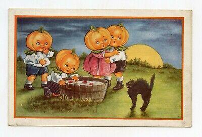 Humanisées und Katze Schwarz (Schwarze Halloween-kürbisse)