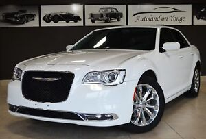 2015 Chrysler 300 Touring - AWD, NAVI, BACK UP, HTD SEATS, SUNRO