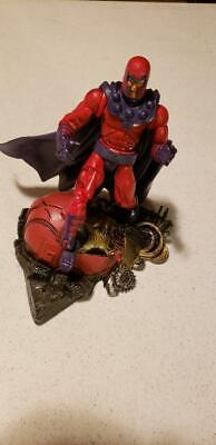 Marvel Legends 2003 Series III 3 MAGNETO with SENTINEL BASE and Helmet Toybiz