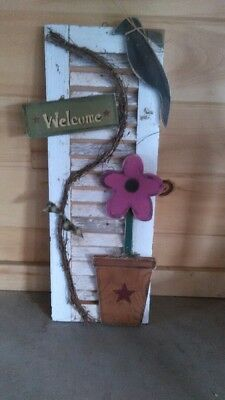 - Primitive Pine Shutter w/ Daisy Garden Art - Available in Pink, Teal, or Purple