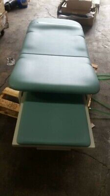 Intensa 460 Power Exam Table With Remote Ada Compliant