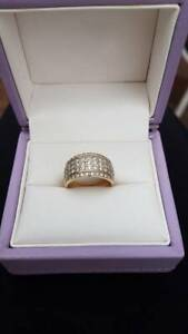 GS JEWELLERS - 1ct 5 row diamond ring in 10ct yellow Gold