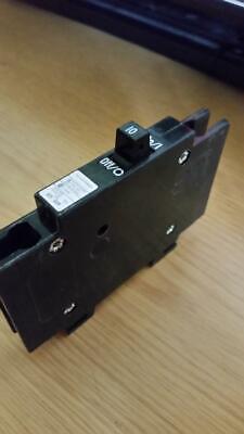 Eaton-cutler Hammer Qcr1010 1p 10a 120240v Mini Circuit Breaker New