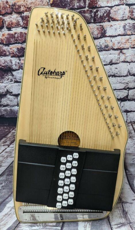 Oscar Schmidt Model OS10021 21 Chord Acoustic Spruce Top Autoharp - DEMO - Blem
