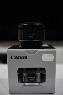 Canon 50mm STM 1.8 *As new - In box - Includes filter*