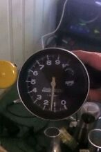 Auto meter tachometer and shift light Boonah Ipswich South Preview