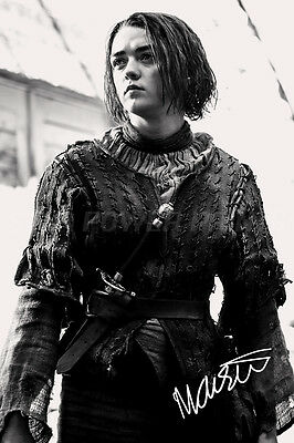 MAISIE WILLIAMS PHOTO PRINT POSTER PRE SIGNED - 12X8 INCH - N.O 1