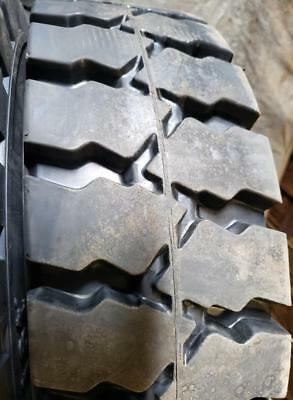 28x9-15 Tires Industrial Solid Forklift Tire 28915 Flat Proof Ist 28915