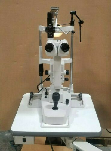 Topcon SL-D2 Slit Lamp with Haag-Streit Applanation Tonometer and Table