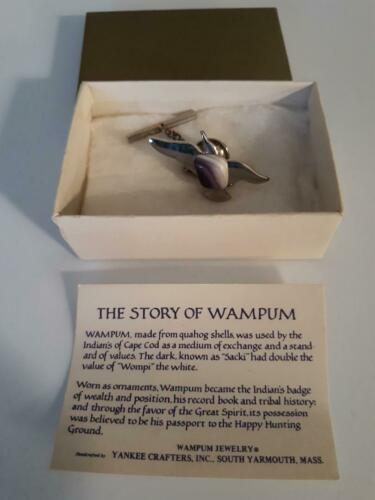 JEWELRY WAMPUM MADE FROM QUAHOG SHELL IN BOX WITH HISTORY OF CRAFTING