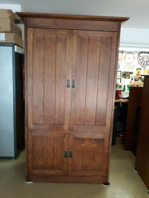 Stickley Oak Onodaga Cabinet