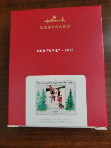 MIB Hallmark 2021 OUR FAMILY PHOTO FRAME Ornament - FREE SHIPPING