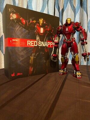 """Hot Toys Iron Man 35 """"Red Snapper"""" Sixth Scale Figure Power Pose Series"""