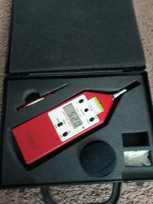 Quest 2400 Sound Level Meter W Case