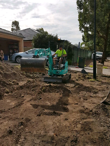 Excavator hire,250per day, box trailer hire South Morang Whittlesea Area Preview