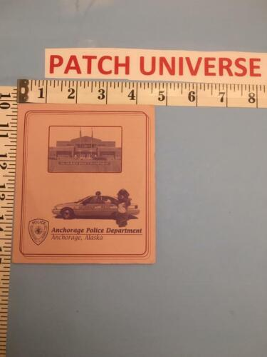 OFFICIAL BOOKLET ANCHORAGE ALASKA  POLICE  INCLUDES  PATCH    A031