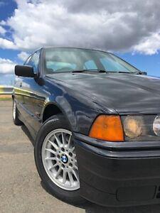 BMW 1992 318i E36 SEDAN Norlane Geelong City Preview