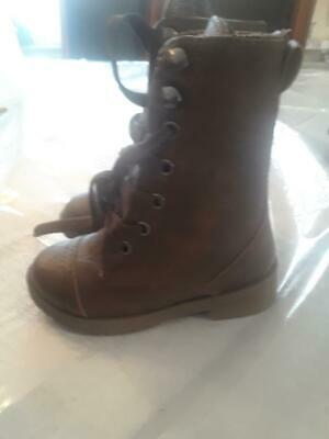 new fashion cute girls  brown combat  boots size  toddles size 5............aa