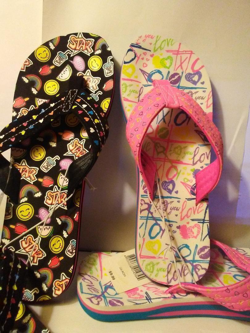 Beach Shoes Flip-Flops  Girls  'BALLY '  by Joe Boxer .