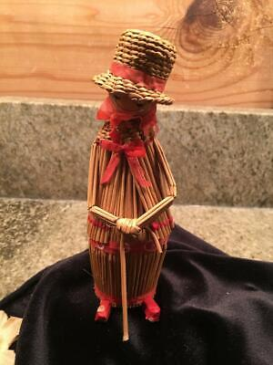 Vintage Woven Twig Straw Circus Clown with Top Hat Figure Figurine 5.5