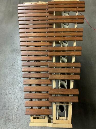 Ludwig Marimba 8-366-X Rosewood Vintage Marimba 3 Octaves